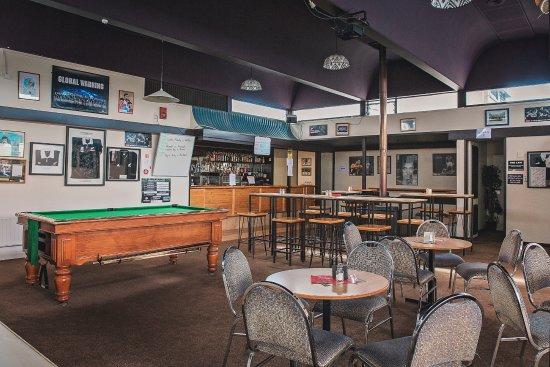 Westport, New Zealand: Sports bar