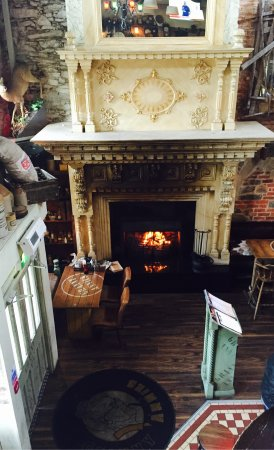 Limavady, UK: First fire lit of Autumn/Winter at Granny Annie's