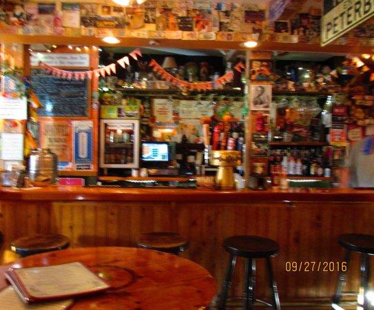 Peterborough, Nueva Hampshire: Bar
