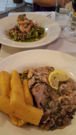il Bistro Italiano: The veal was exquisite! Loved the pairing of the fries as well! Not a bad meal at this place!