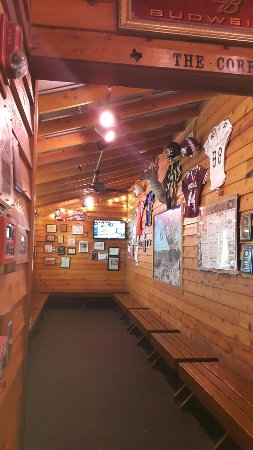 Texas Roadhouse: Headed to New Mexico decided to stop by the El Paseo Texas Road house awesome steaks and service