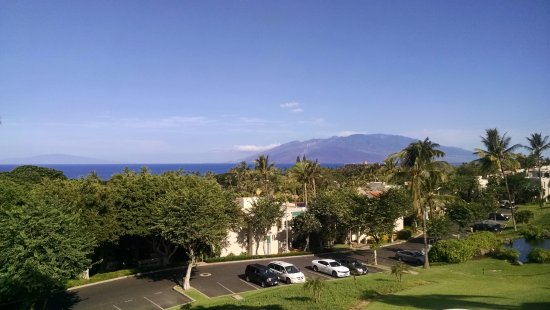 Palms at Wailea: 2nd story view to ocean and north.