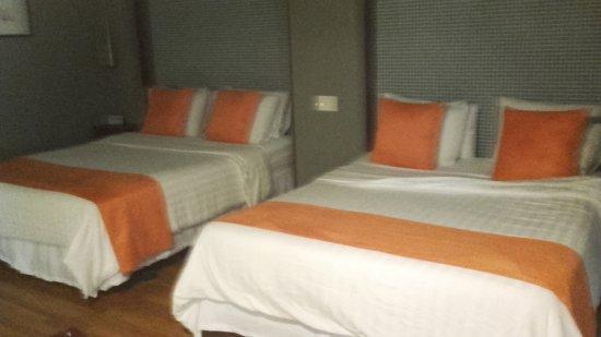 Nassau Suite Hotel: Habitación muy cómoda