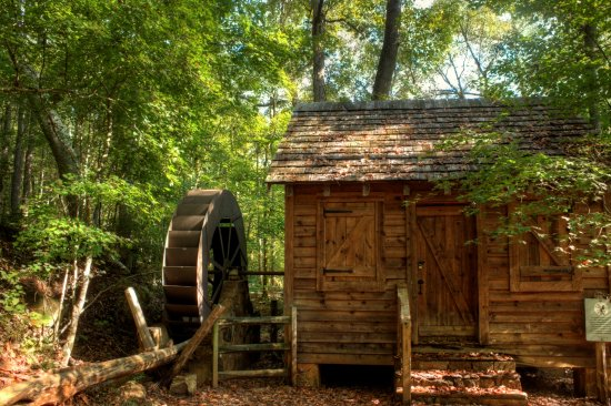 Anne Springs Close Greenway: The old grist mill (replica)