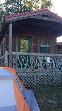 Brevard, North Carolina: camping cabin