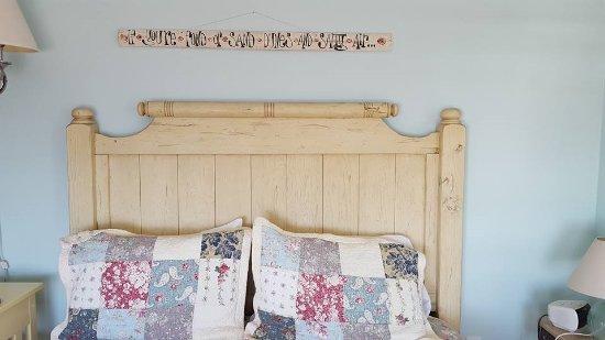 Crow's Nest Resort: Simplicity and good taste on detalles.