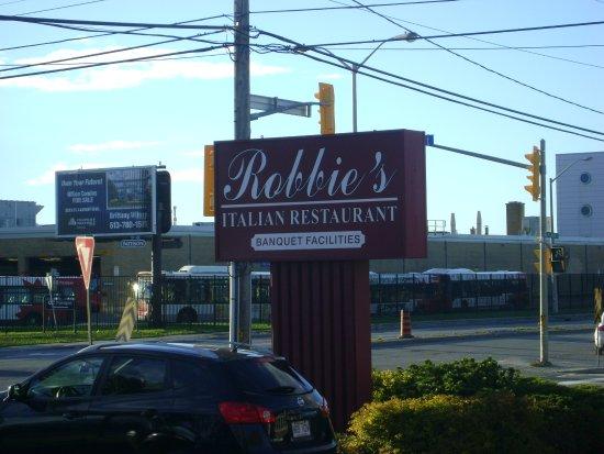 Robbie S Italian Restaurant Enseigne
