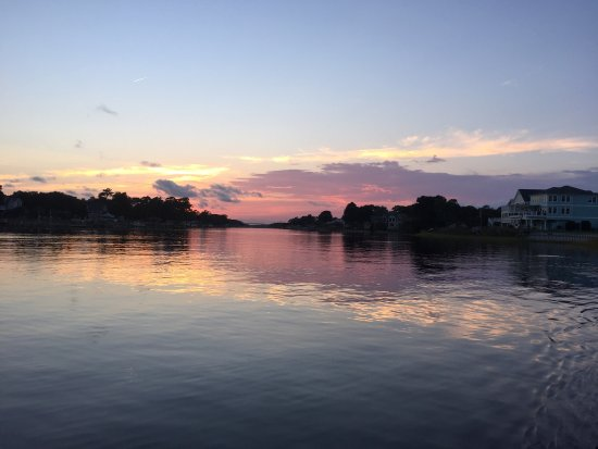 Southport, Северная Каролина: These are sunset cruise Photos taken Tuesday September 27 2016 most from iPhone