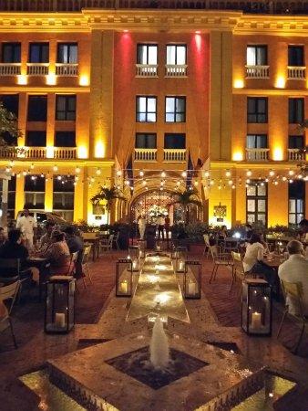 Charleston Cartagena Hotel Santa Teresa: 20160927_191547_LLS_large.jpg