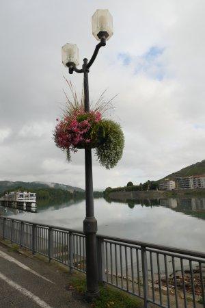 Tournon-sur-Rhone, فرنسا: Tournon