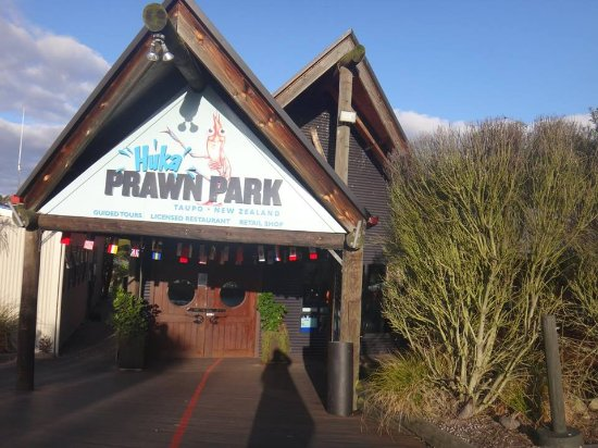 Taupo, Selandia Baru: The only Prawn Park in New Zealand (maybe even the world)
