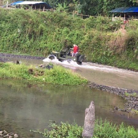 Sleman, Ινδονησία: Around again at speed