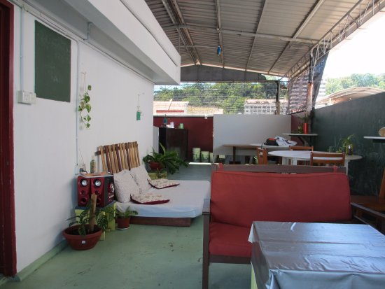 Sandakan Backpackers Hostel Photo