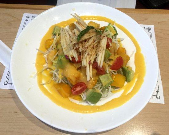ออโรรา, แคนาดา: Mango Salad