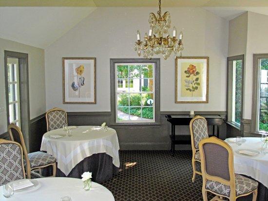the fearrington house restaurant fearrington house restaurant breakfast seating - Breakfast House Restaurant Wall Designs