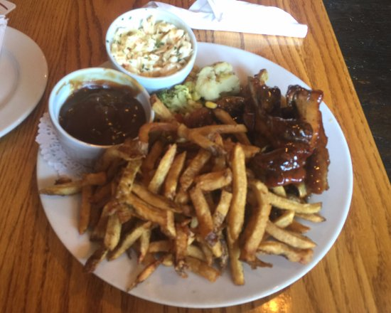 Barley Pub & Eatery: Honey Garlic Ribs
