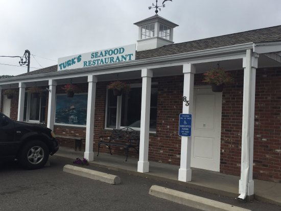 Mattapoisett, MA: Outside signage