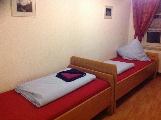 Schlicht einfach und sauber Hotel Burghof Stolberg Bewertungen