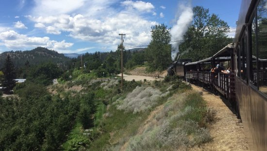 Summerland, Canadá: view from the train