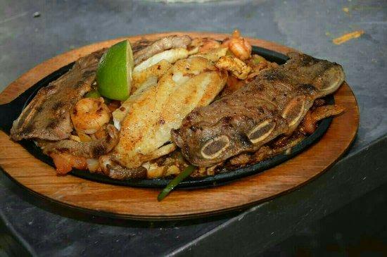 Winfield, KS: Cancun Mexican Grill
