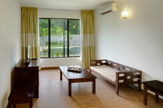 Bentong, Μαλαισία: Jacuzzi Villa Room - Dining hall