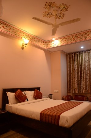 Hotel Laxmi Niwas: Royal Deluxe Room