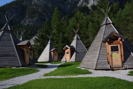 Grobming, Austria: Tipi Dorf - Außenansicht