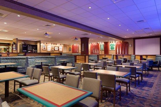 Charleston, Batı Virjinya: Athletic Club Bar & Grill