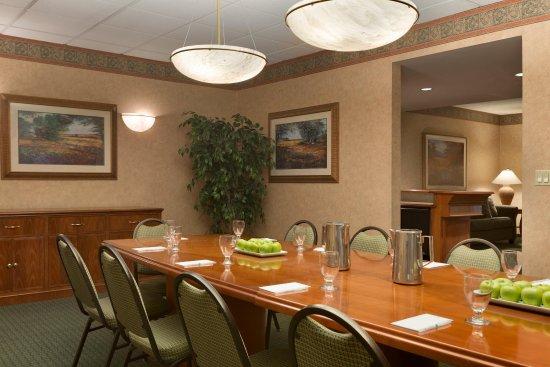 ชาร์ลสตัน, เวสต์เวอร์จิเนีย: Hospitality Suite