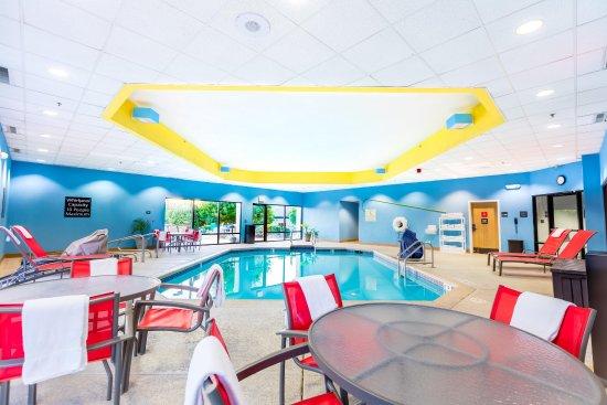 Hampton Inn St. Louis/St. Charles: Indoor Pool
