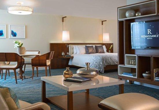 Renaissance Aruba Resort & Casino : Marina Hotel - Ambassador Suite