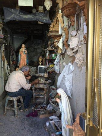 Cabeceiras de Basto, Portugal: Piepklein werkplaatsje in Braga