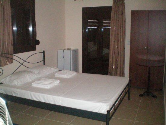 Lentas, กรีซ: Rooms for rent