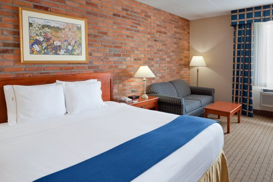 Holiday Inn Express Toronto East: Executive Room
