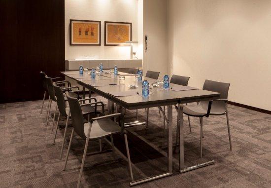 Coslada, España: Consejo Meeting Room – Boardroom Setup