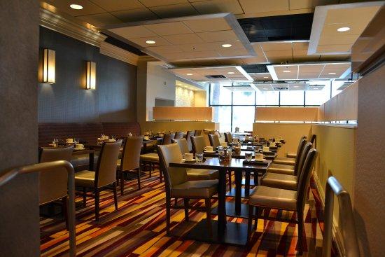 Milpitas, CA: Sevens Bar & Grill -- Upper Level