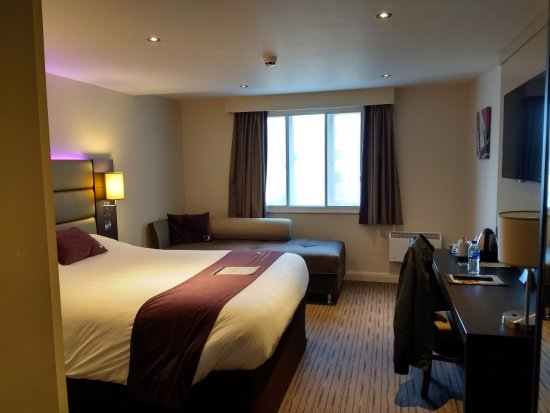 Premier Inn Birmingham Broad Street (Brindley Place) Hotel 사진