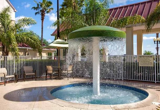 SpringHill Suites Orlando Convention Center/International Drive Area: Children's Outdoor Pool
