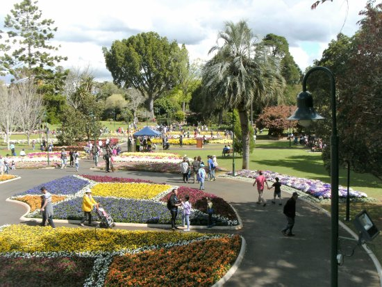Toowoomba, Avustralya: Gardens from viewing platform 1