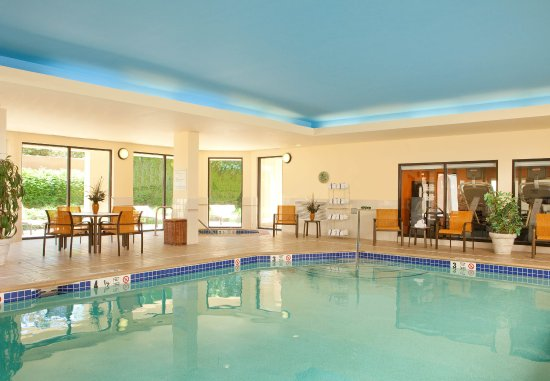 Manchester, CT: Indoor Pool