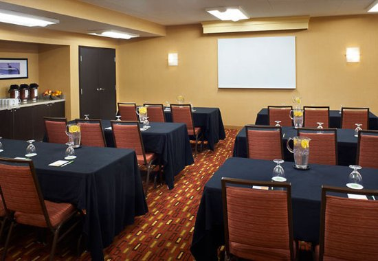 Holland, OH: Meeting Room