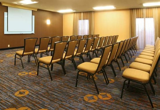 Wood Dale, IL: Meeting Room