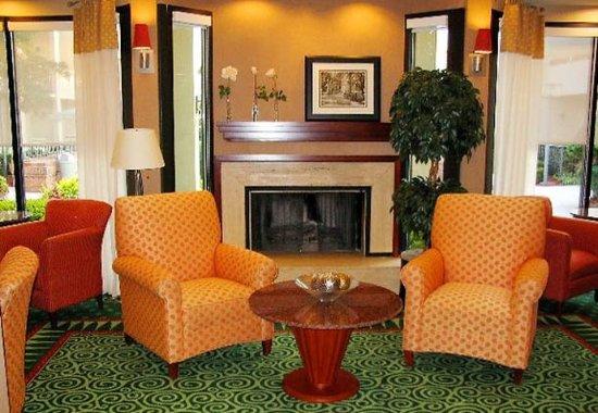 Tucker, GA: Lounge
