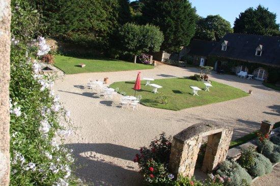 Manoir de Keringant: grosser Garten