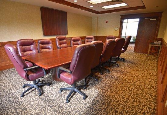 Blue Springs, MO: Boardroom