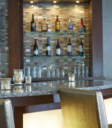 Натик, Массачусетс: Lobby Bar