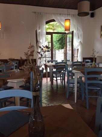 Lurago D'Erba, Italien: il locale...