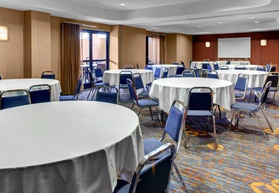 Oxford, AL: Meeting Space