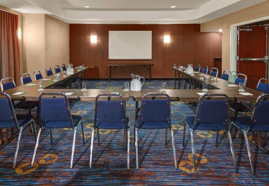 Oxford, AL: Meeting Space - U-Shape Setup