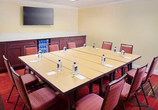 Los Altos, Kalifornia: Meeting Room - Conference Style